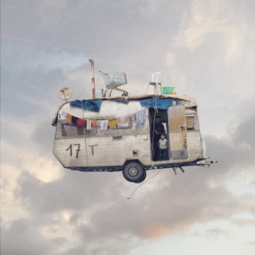 FLYING-HOUSES-11-L-CHEHERE-CARAVANE-jpg_150538