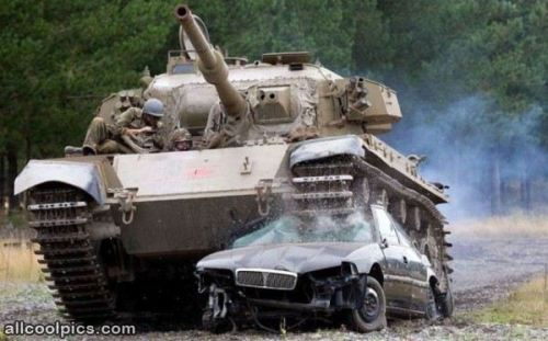 Cool_Tank_Crushes_Car