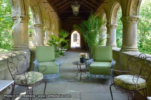 05e095d0-4da3-11e4-9890-7783c6550b32_house-ext-patio-furniture