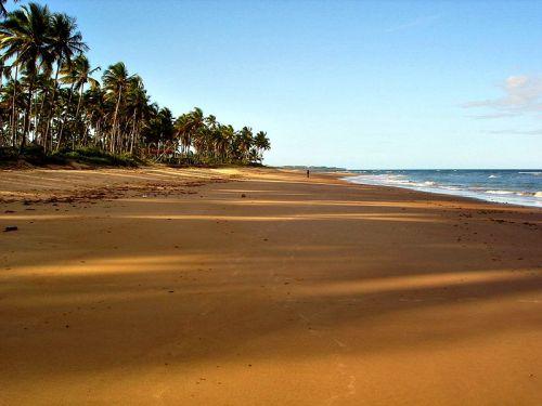 800px-Praia_do_Cassange