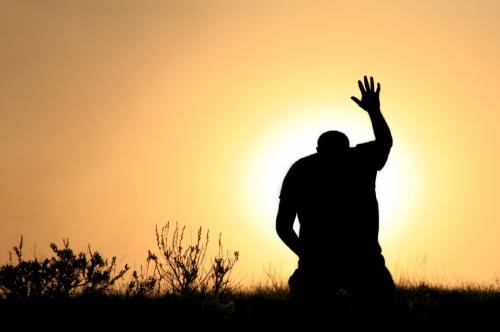 a-man-praying